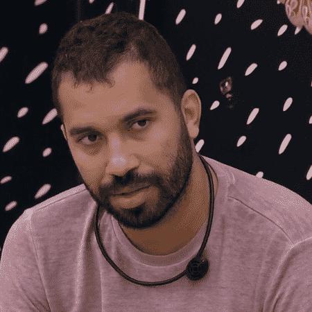 BBB 21: Gilberto conversa com Caio e Sarah no quarto cordel - Reprodução/Globoplay - Reprodução/Globoplay