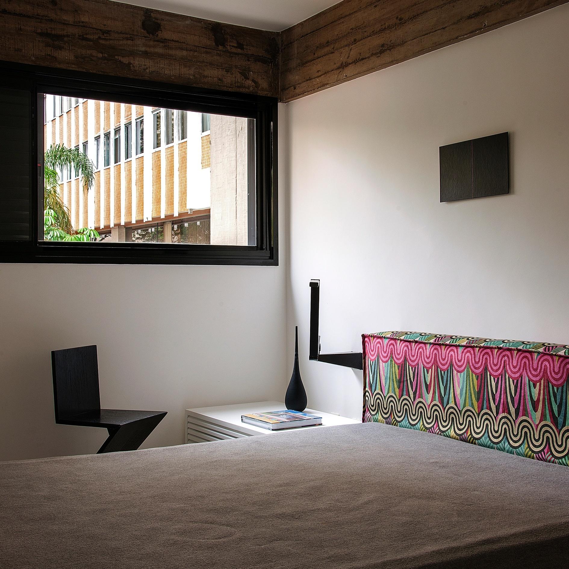 No dormitório do arquiteto Marcos Bertoldi está um