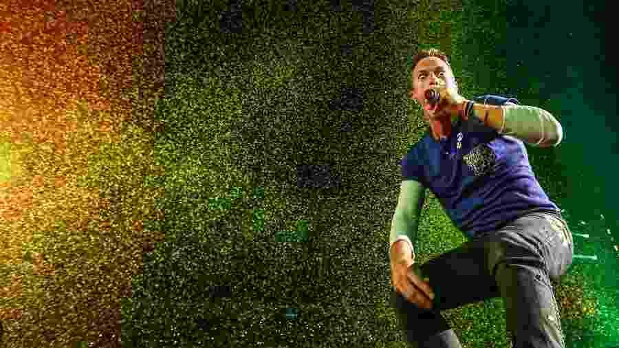 10.abr.2016 - A banda Coldplay se apresenta no Maracanã, no Rio - Marco Antonio Teixeira/ UOL
