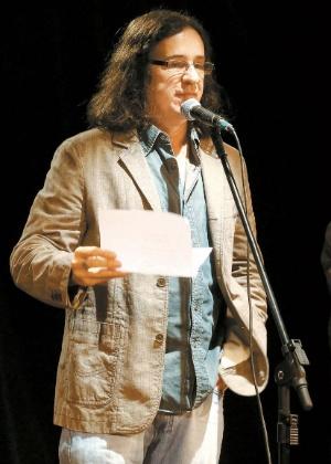 3.mai.2016 - Geraldo Carneiro  na Ocupação Poética do Teatro Cândido Mendes - Marcos Ramos/Ag. O Globo