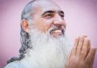 Você sabe qual é sua missão nessa vida? Prem Baba ajuda a descobrir (Foto: Raquel Cunha/Folhapress)