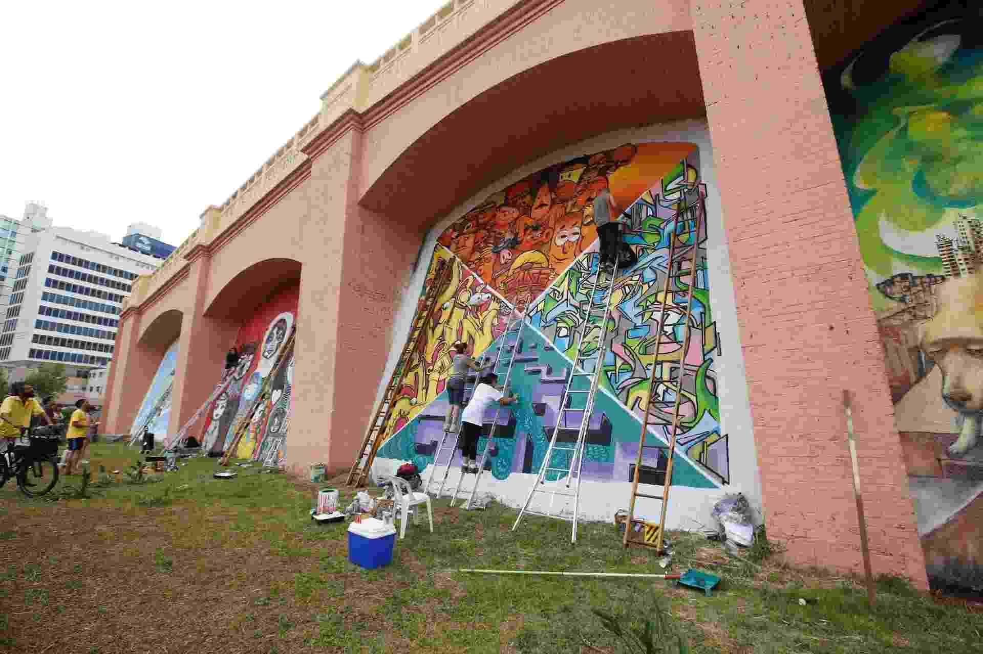 Prefeito de São Paulo João Dória diz que irá limpar vários muros e painéis espalhados pela cidade, como os Arcos do Jânio - Moacyr Lopes Junior/Folhapress