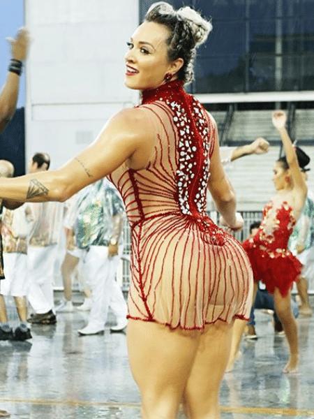 Juju Salimeni no ensaio da X-9 Paulistana - Reprodução/Instagram