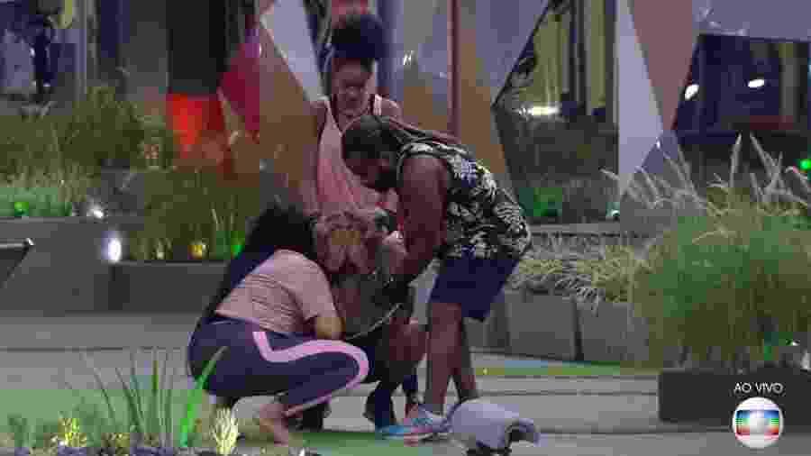 """Alan chora após ser indicado ao sexto paredão do """"BBB19"""" - Reprodução/TvGlobo"""