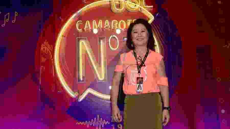 "Dona Kika Sato no camarote Carnauol N1: ""Sabrina só deixou eu vir vê-la desfilar"" - Selmy Yassuda / UOL"