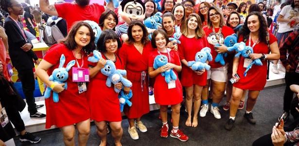 Festival geek em SP | CCXP: cosplayers fazem 'Monicaço' com a presença da Mônica original