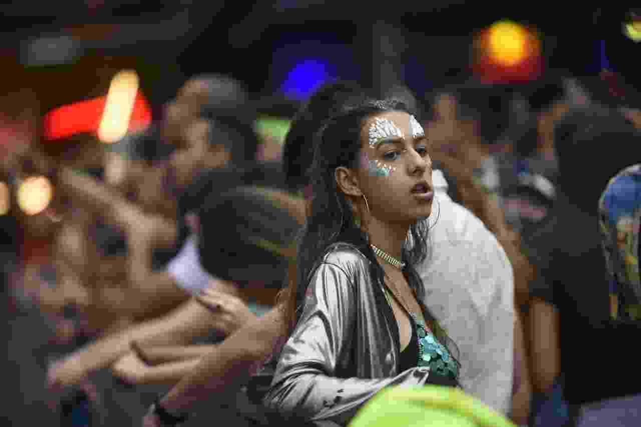24.fev.2020 - Folionas se divertem no Carnaval do Mirante, em Belo Horizonte - Alexandre Rezende/UOL