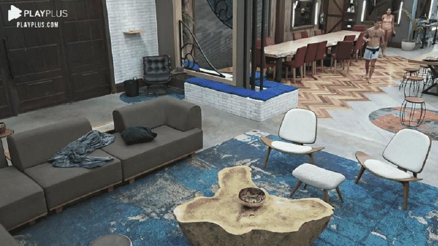 A Fazenda 2020: Biel deixa o closet xingando a produção do reality da RecordTV - Reprodução/Playplus