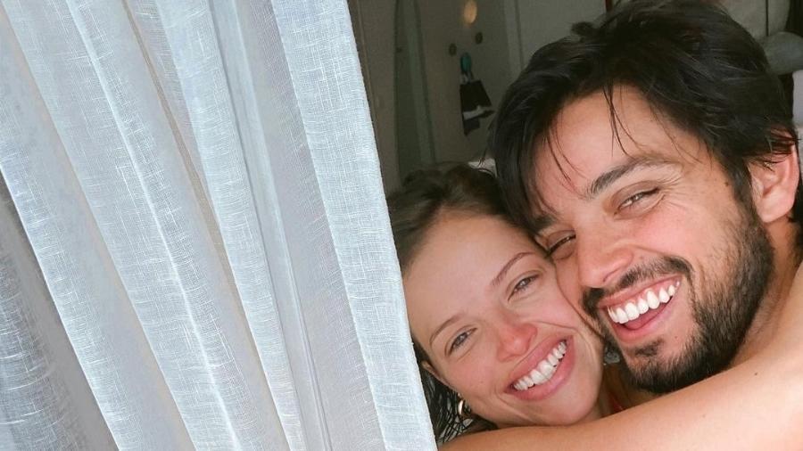 Agatha Moreira e o namorado, Rodrigo Simas - Reprodução/Instagram @aghataamoreiraa