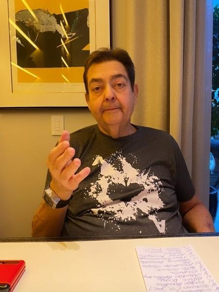 """Primogênito de Faustão flagra o pai em momento """"relax"""" em casa: """"Chefe"""" - Reprodução/Instagram@jotagsilva"""