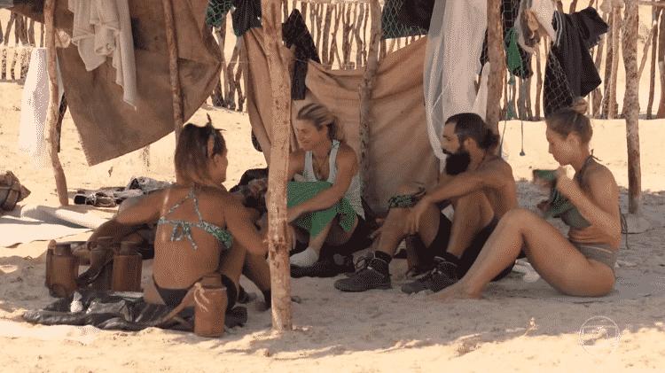 No Limite: Kaysar e Íris discutem após prova da imunidade - Reprodução/Globoplay - Reprodução/Globoplay