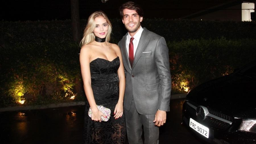 Kaká aparece pela primeira vez com modelo Carol Dias - Marcos Ribas e Amauri Nehn/Brazil News