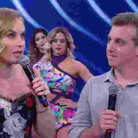 """Angélica e Luciano Huck participam do """"Divã do Faustão"""", quadro do """"Domingão"""" - Reprodução/TV Globo - Reprodução/TV Globo"""