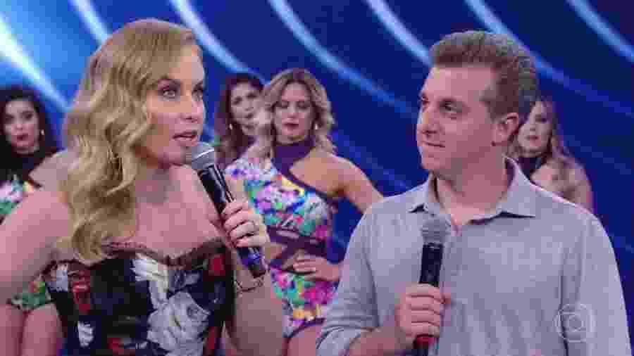 """Angélica e Luciano Huck participam do """"Divã do Faustão"""", quadro do """"Domingão"""" - Reprodução/TV Globo"""