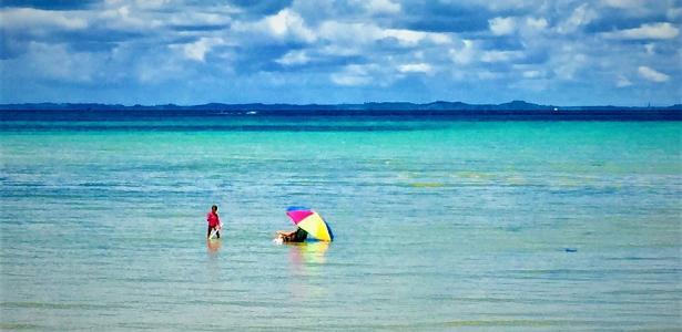 Um mar caribenho em vários tons