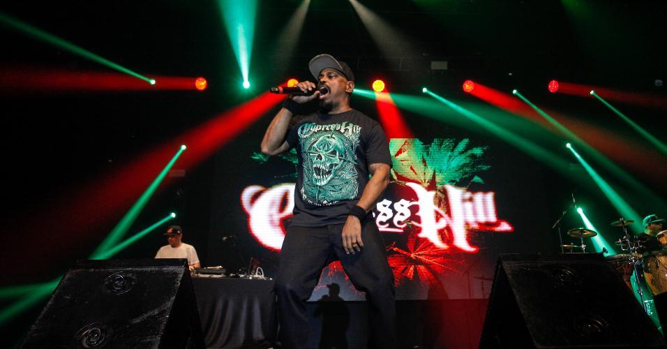Sen Dog, da Cypress Hill, durante o show no Espaço das Américas