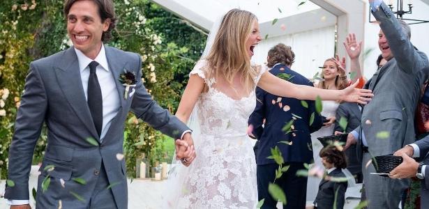 A atriz e cantora Gwyneth Paltrow abriu o seu álbum de casamento com o produtor Brad Falchuk. A cerimônia aconteceu em setembro