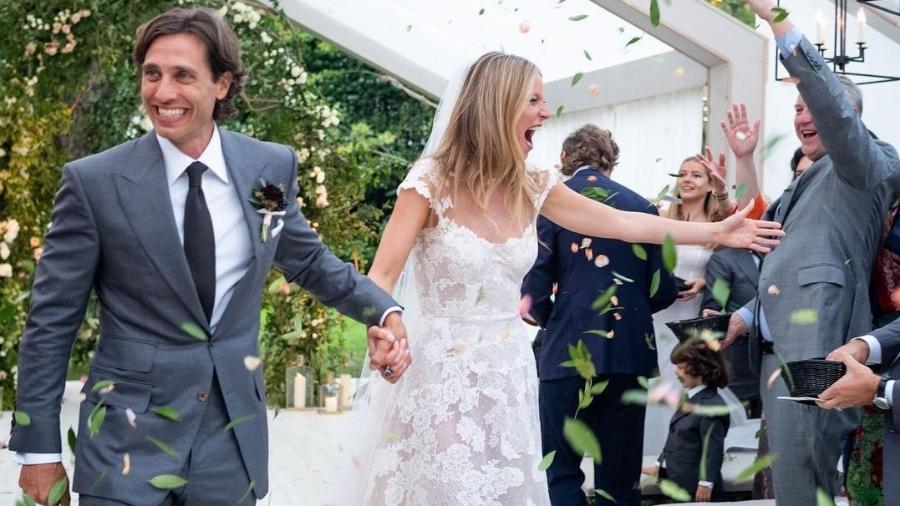 A atriz e cantora Gwyneth Paltrow abriu o seu álbum de casamento com o produtor Brad Falchuk. A cerimônia aconteceu em setembro - Reprodução/Instagram/gwynethpaltrow/