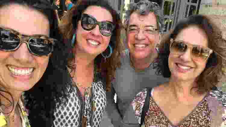 Família reunida: as filhas Mariana e Juliana com Paulo Betti e Eliane Giardini - Reprodução / Instagram