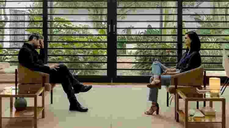 Selton Mello e Morena Baccarin em cena da quarta temporada de Sessão de Terapia - Divulgação