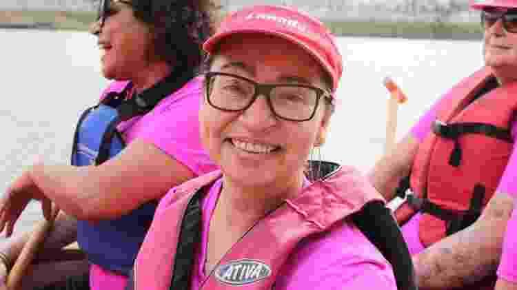"""A gastrônoma Denise de Chagas, 49, é coordenadora da equipe. """"A ideia de que mulher que teve câncer de mama não pode fazer exercício é mito"""" - Natália Eiras/UOL"""