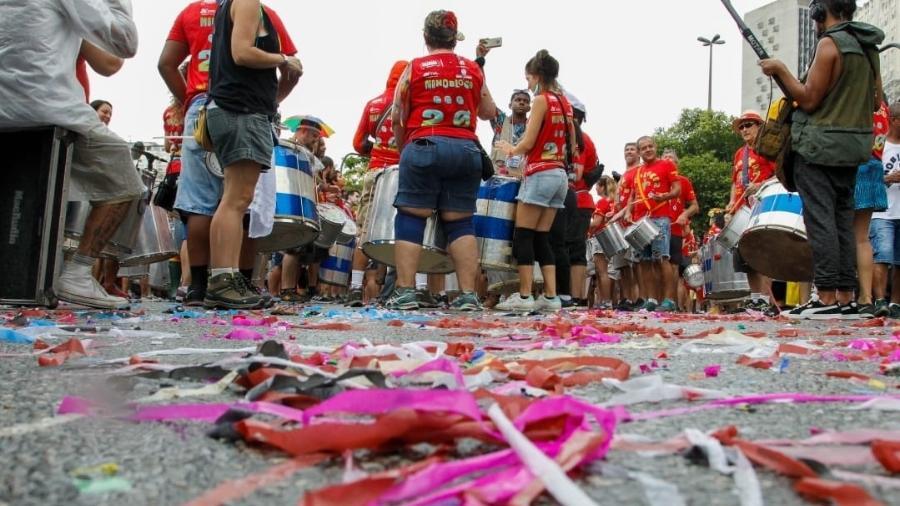 Desfile do Monobloco, tradicional bloco carnavalesco do Rio de Janeiro, em 2020 - Marcelo de Jesus/UOL