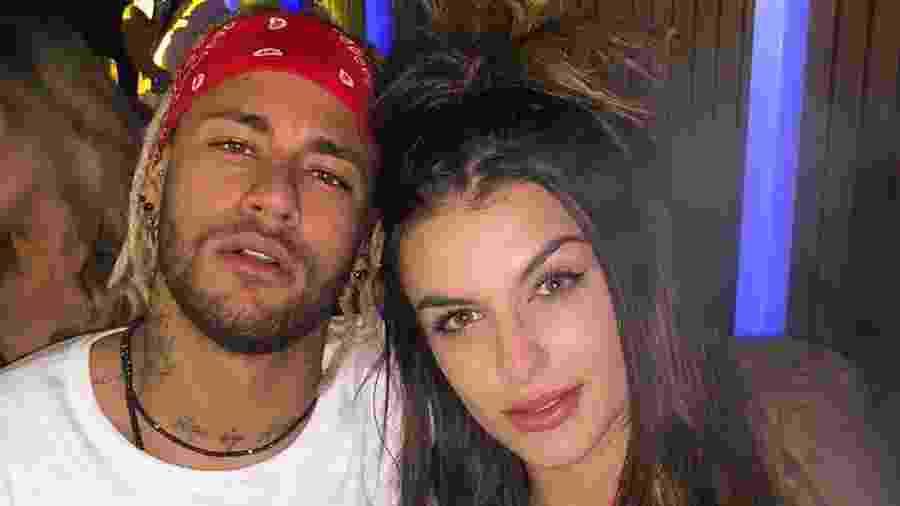 Bárbara Labres ao lado do jogador de futebol e amigo Neymar - Reprodução/Instagram