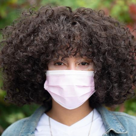 Máscara deverá ser um item obrigatório por um longo tempo - Nappy