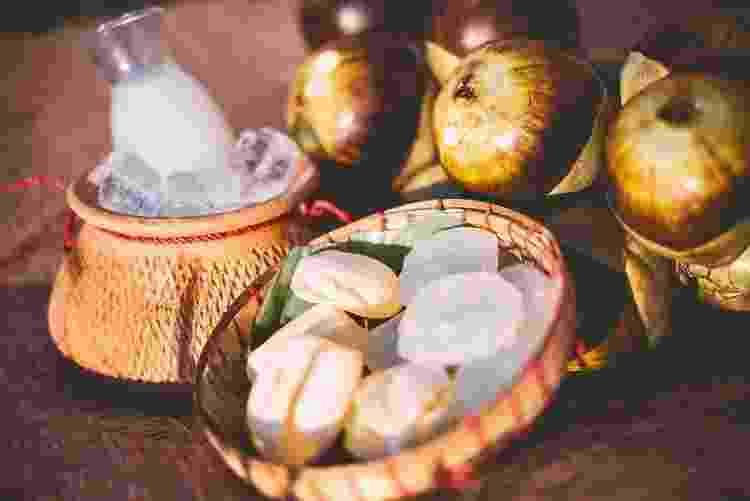 Chefs e empresas estudam maneiras de tornar o vinho de palma um produto de mais fácil comercialização - Reprodução Facebook @PalmWineBar - Reprodução Facebook @PalmWineBar