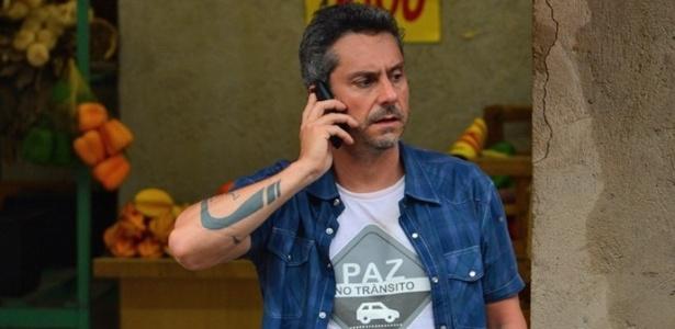 Romero fica na mira de bandidos da facção - Reprodução/A Regra do Jogo/GShow