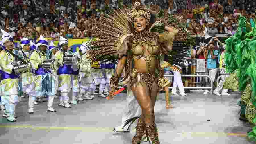 Desfile da escola de samba Vai-Vai no Sambódromo do Anhembi em 2018 - Amanda Perobelli/UOL