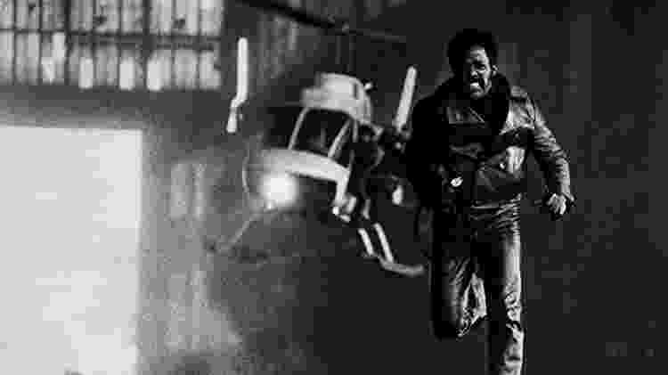 """Richard Roundtree em cena de """"Shaft"""" - Reprodução - Reprodução"""