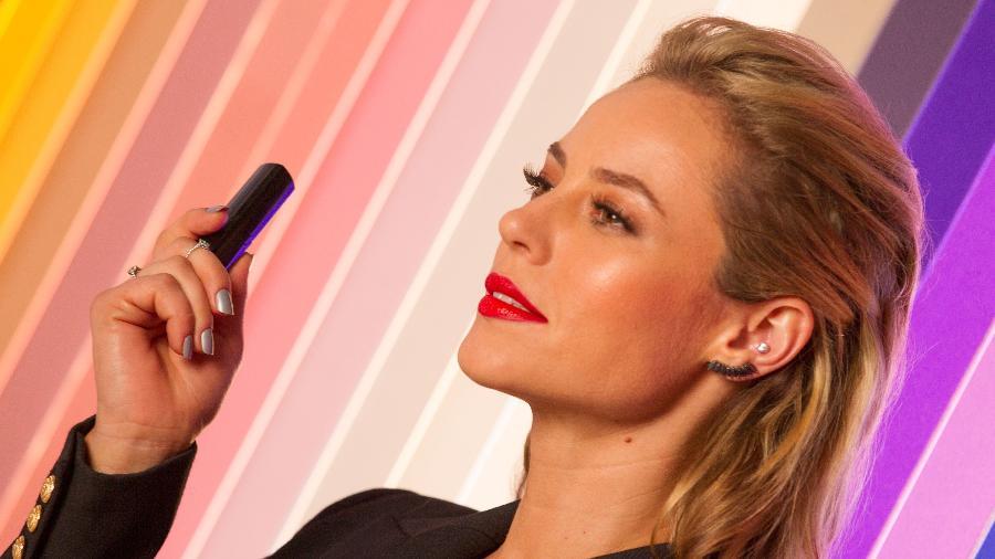 Paolla Oliveira estrela campanha de maquiagem - Divulgação
