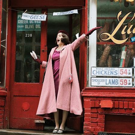 """""""The Marvelous Mrs. Maisel"""" está disponível no Amazon Prime Video e é adorável - Divulgação"""