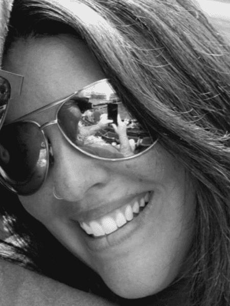 A americana Jennifer Lynn alertou sobre os cuidados que se deve ter mesmo com cuidados rotineiros de beleza - Reprodução/Facebook