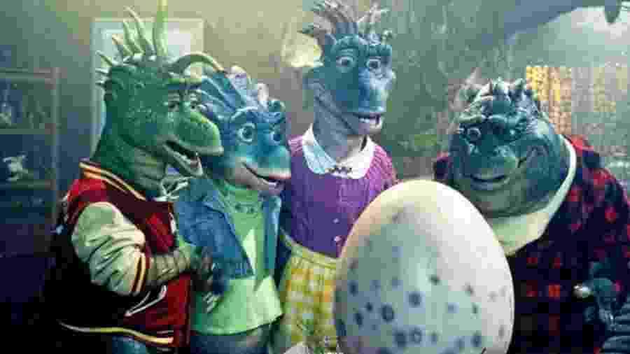 """Cena de """"Família Dinossauros"""", a série mais progressista que você viu e curtiu na infância - Reprodução"""