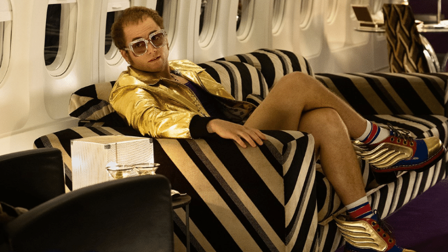 """Taron Egerton como Elton John em """"Rocketman"""" - Divulgação"""