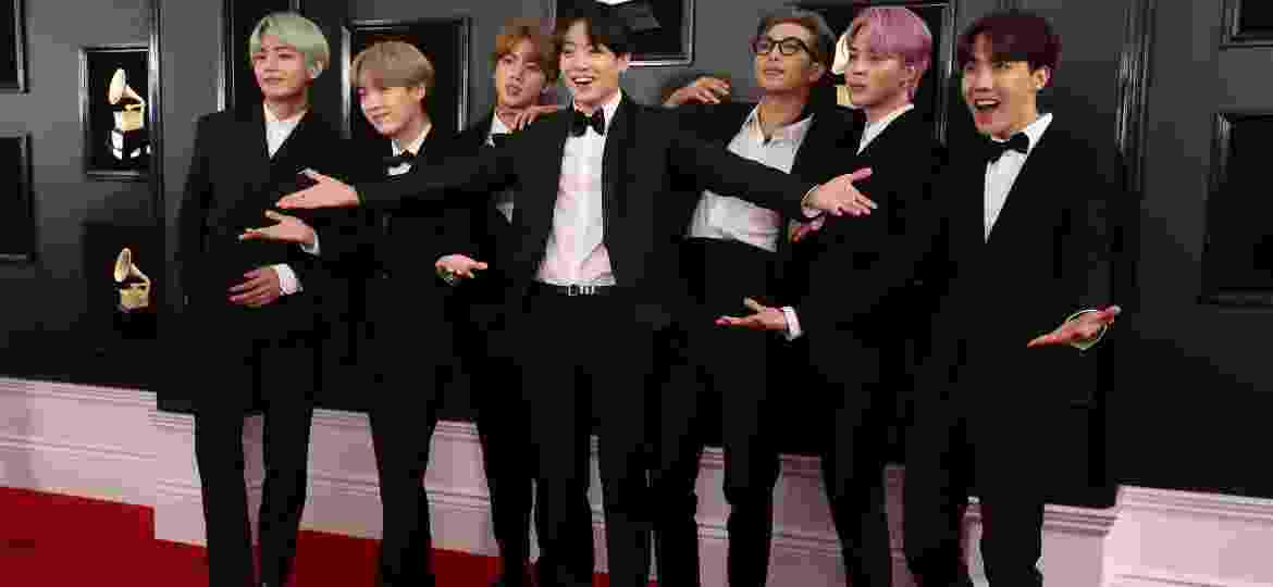 Os integrantes do BTS no tapete vermelho do Grammy 2019 - Reuters