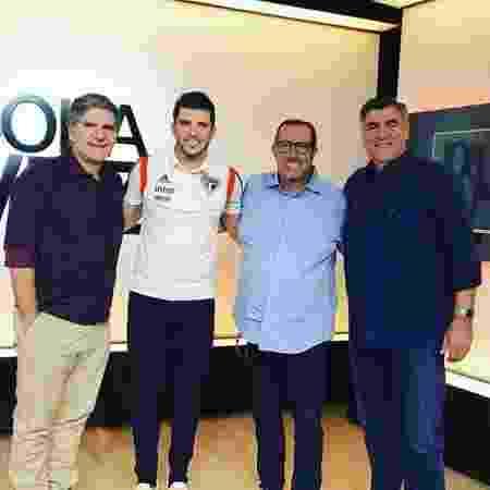 Apresentador João Carlos Albuquerque ao lado de Tiago Volpi, Eduardo Affonso e Zetti  - ESPN