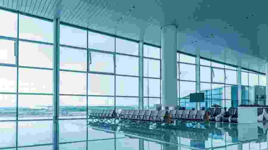 Terminal de aeroporto vazio em tempos de coronavírus - Getty Images/iStockphoto