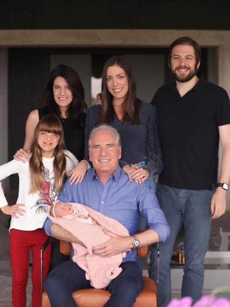 Roberto Justus e seus cinco filhos - Reprodução/Instagram
