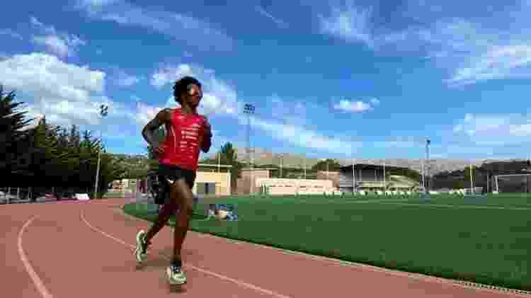 Thiago Vinhal correndo na pista - Divulgação - Divulgação