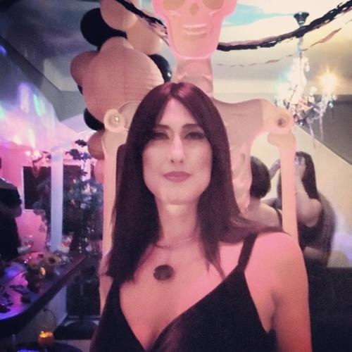 7d81c895f16eab Fotos: A bruxa está solta! Famosos se fantasiam para curtir festa de ...