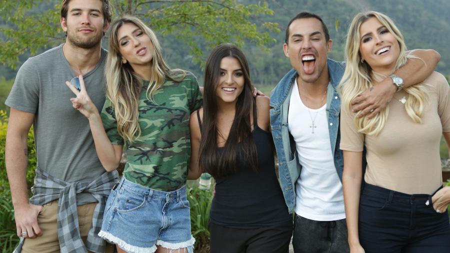 """Danyel Marinho, Lu D""""Angelo, Taci Favato, Bruno Maffei e Dandynha Barbosa são os participantes de """"Alto Leblon"""", do canal E! - Divulgação"""