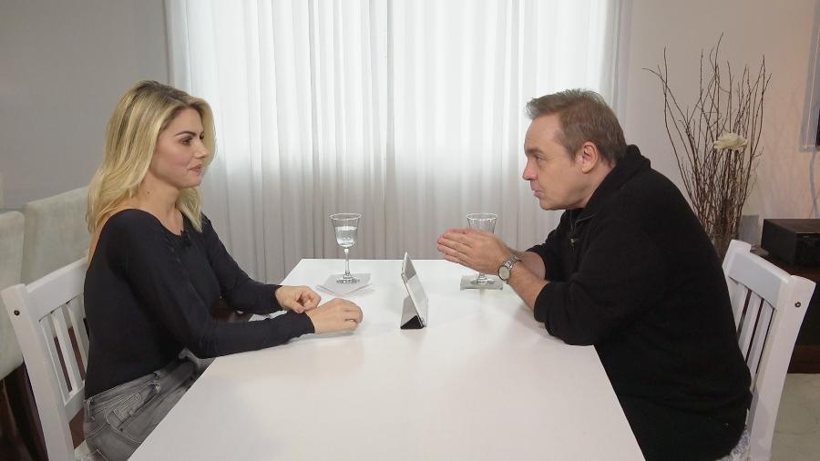Mari Alexandre dá entrevista a Gugu Liberato - Reprodução/Record TV