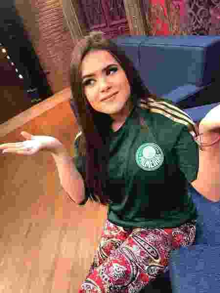 Corintiana, Maisa Silva posa com camisa do Palmeiras no Twitter - Reprodução/Twitter/maisasilva