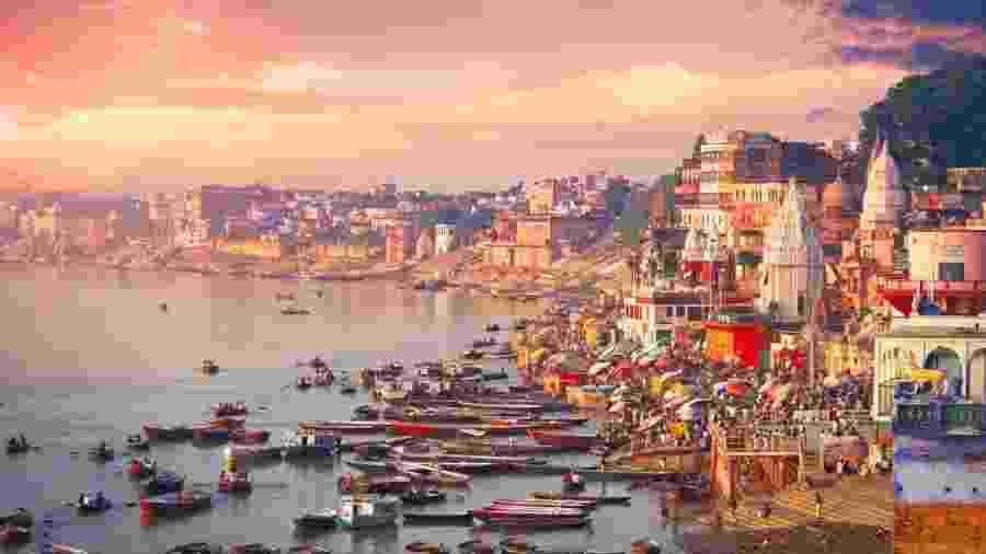 Localizada às margens do rio Ganges, Varanasi é uma das cidades mais sagradas para os hindus - Getty Images