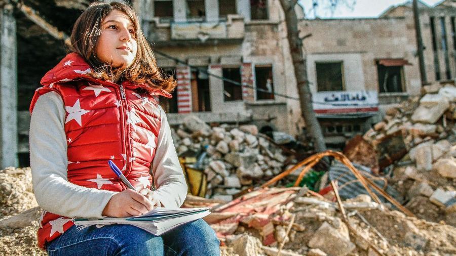 A garota síria Myriam Rawick que escreveu da guerra um diário sobre suas dificuldades - Divulgação/F. Thomas