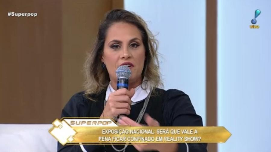 """Aritana Maroni participa do """"Superpop"""" - Reprodução/RedeTV!"""