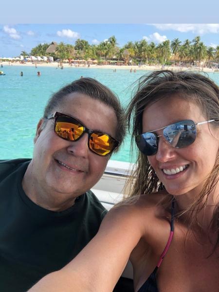 Luciana Cardoso e Faustão durante férias no México - Reprodução / Instagram